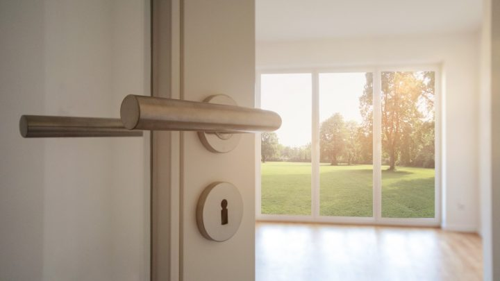 3 simple & useful tips to buy windows for your home